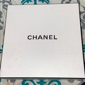 authentic chanel box (empty)